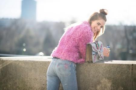 Los abrigos de color rosa te acompañarán en tus jornadas más románticas