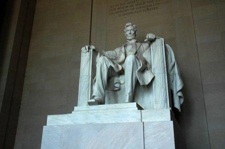 El Senado de EEUU propone darle poder al presidente para cortar la Red en caso de emergencia
