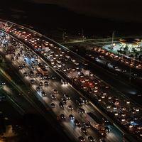 La Comisión Europea estudiará si España puede prohibir la venta de coches nuevos de combustión en 2040