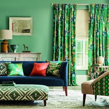 Sanderson se inspira en la Ruta de la Seda para crear Caspian, su última (y colorida) colección
