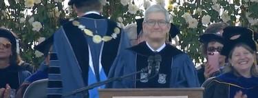 """Tenéis poder para resolver los problemas del mundo"": Tim Cook da su discurso de graduación en Duke"