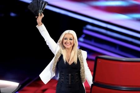 Pues sí, parece que Christina Aguilera está casi lista para salir a jugar