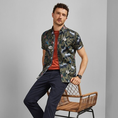 19 camisas, camisetas y polos con motivos florales de Ted Baker para aprovechar hasta el 50% de descuento
