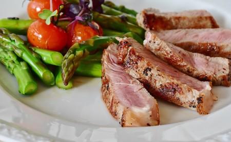 ¿Dieta cetogénica o dieta baja en hidratos? Las claves para elegir la más adecuada para ti