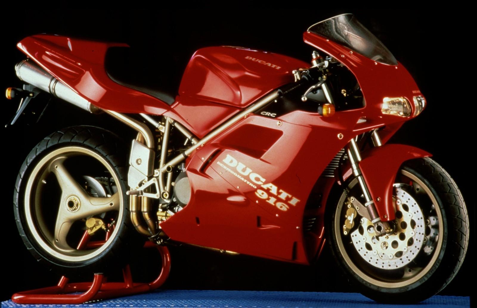 Foto de Ducati Panigale V4 25° Anniversario 916 (57/73)
