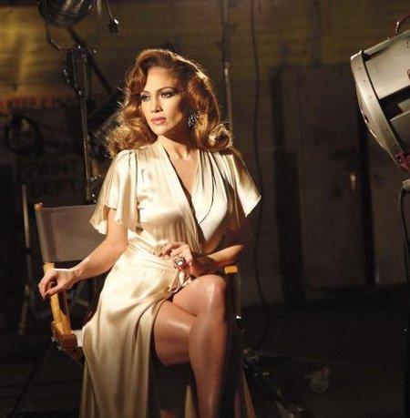 Jennifer Lopez luce espectacular en su último anuncio