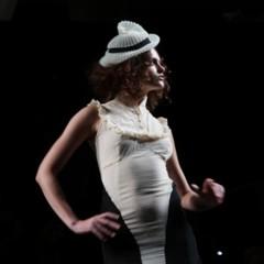Foto 49 de 126 de la galería alma-aguilar-en-la-cibeles-madrid-fashion-week-otono-invierno-20112012 en Trendencias