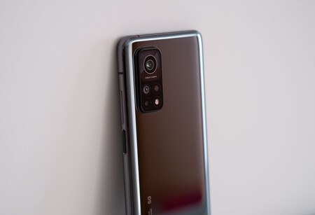 Xiaomi Mi 10t Pro 01 Trasera 02