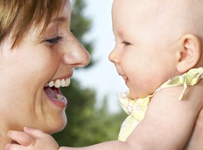 Juegos para el bebé que gatea