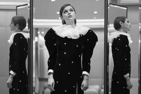 Emma Corrin Miu Miu Golden Globes 2021 01