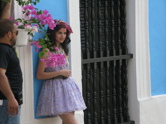 Foto de Las jóvenes vienen con fuerza: Selena Gómez en Teen Vogue (10/14)