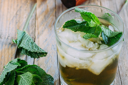 Cómo preparar el cóctel Julepe de Menta
