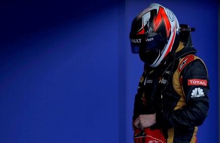 Fernando Alonso cree que Kimi Räikkönen remontará en la carrera