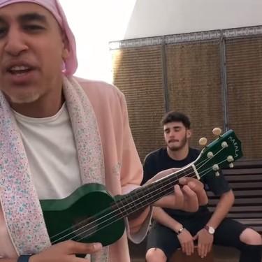 """'Marruecos Shore', la chancla de Fatema o """"el Kibab con carne de rata"""" han convertido a Hamza Zaidi en un icono musulmán de Youtube"""