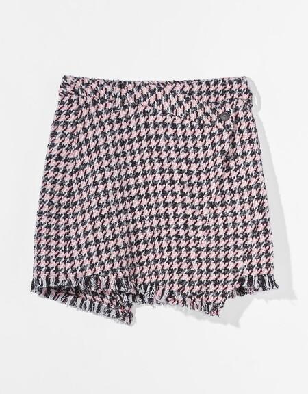 https://www.trendencias.com/street-style/jerseis-chalecos-punto-jacquard-calentitos-que-nos-recuerdan-a-nuestros-abuelos-defienden-poder-looks-setenteros