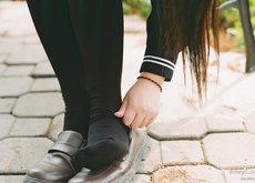 Uniformes de niñas en el colegio: la falda marca ya diferencias desde pequeñas