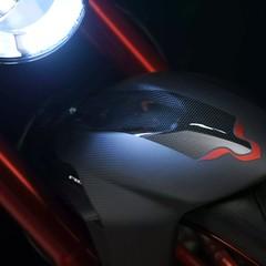 Foto 13 de 18 de la galería mv-agusta-brutale-800-rr-lh44-2018 en Motorpasion Moto