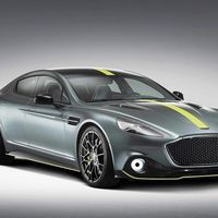 Aston Martin Rapide AMR: un cuatro puertas en edición limitada, con un V12 de 603 CV y... ¡330 km/h de punta!