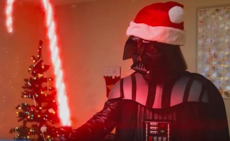 ¡Feliz Navidad! te desea... ¿Darth Santa?