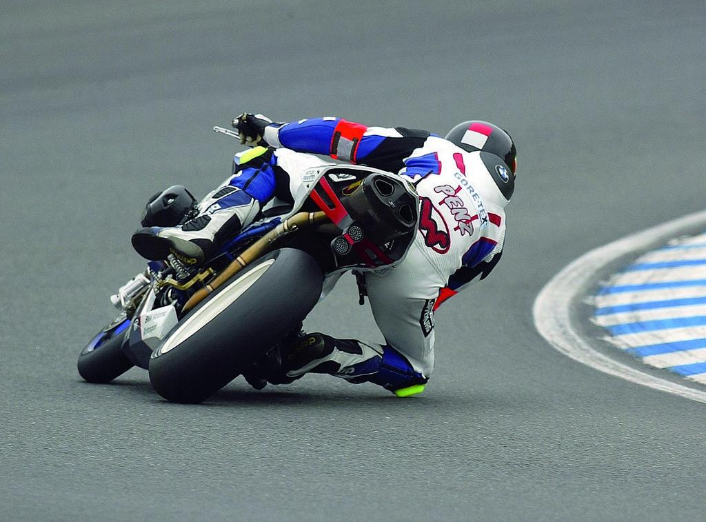 Foto de Imágenes oficiales BMW HP2 Sport (45/47)