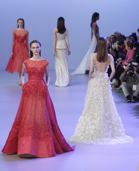vestidos blancos y rojos Elie Saab Alta Costura Primavera-Verano 2014