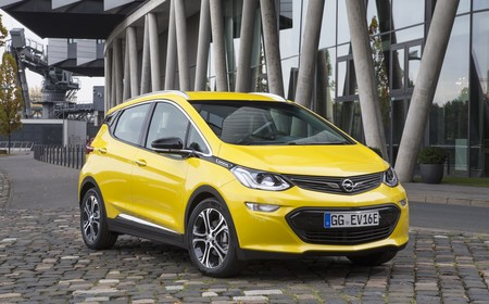 Opel Ampera E 30