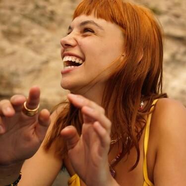 Martina Cariddi tiene los pendientes yingyang que más molan para combinar con el resto de piercings de las orejas