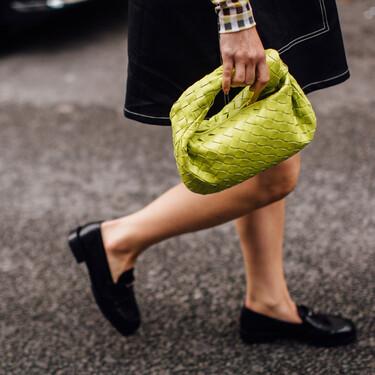 Zapatos cómodos para volver a la oficina con paso firme que combinan con todo