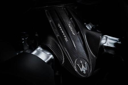 En laboratorio presurizado y a mano, así se fabrica el V6 Nettuno de 630 CV del Maserati MC20