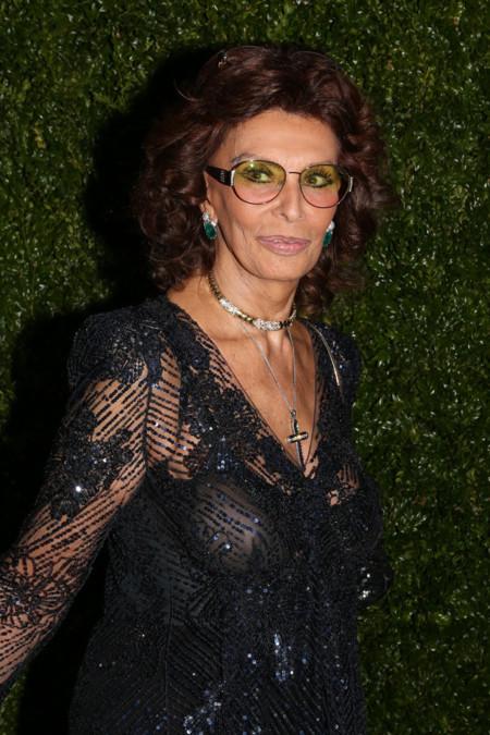 Sophia Loren entre las top models de Chanel en el Festival de Cine de Tribeca