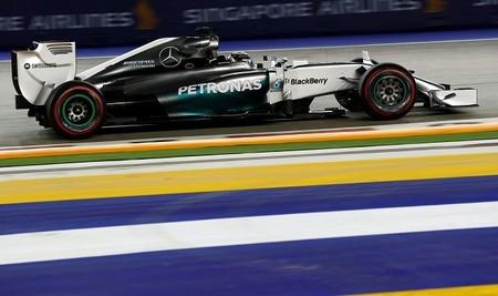 Lewis Hamilton se lleva la pole más reñida y emocionante de la temporada