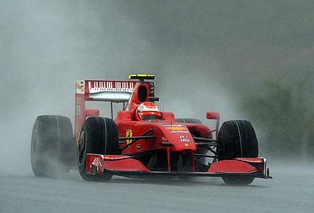Ferrari se la jugó a una carta