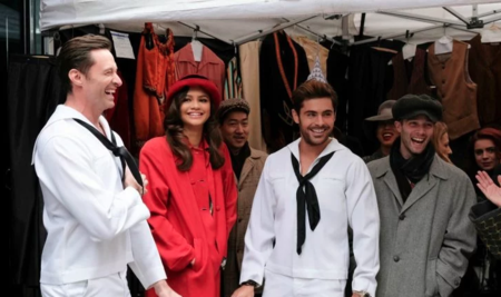 Hugh Jackman, Zendaya y Zac Efron paran literalmente el tráfico en Nueva York con un número musical