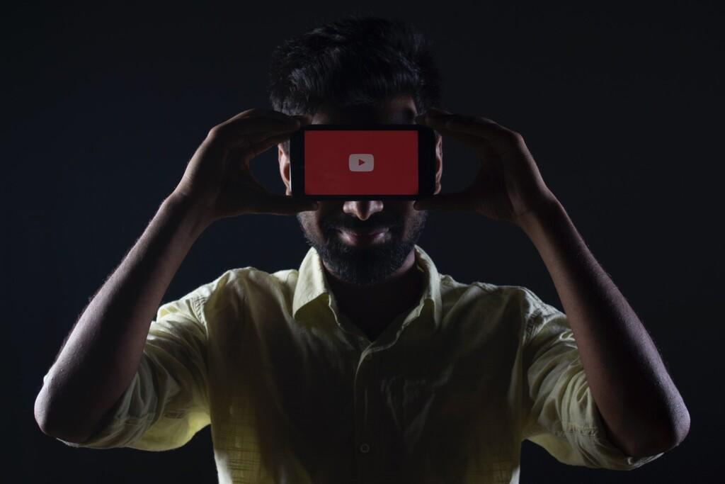 A YouTube Premium le está saliendo bien ser tan pesado con que pagues: ya tienen 50 millones de usuarios