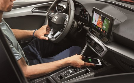 All New Seat Leon Connectivity 11 Hq