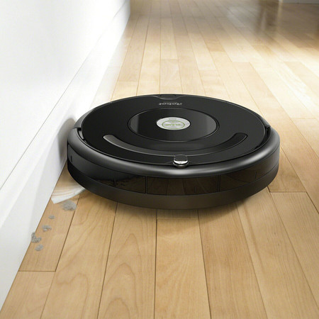 Super Week en eBay: el robot aspirador iRobot Roomba 606 está rebajado a 169,99 euros con envío gratis
