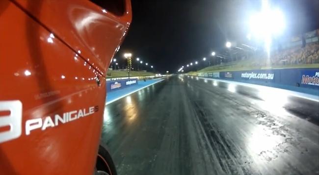 Ducati 1199 Panigale S en la pista de Drag