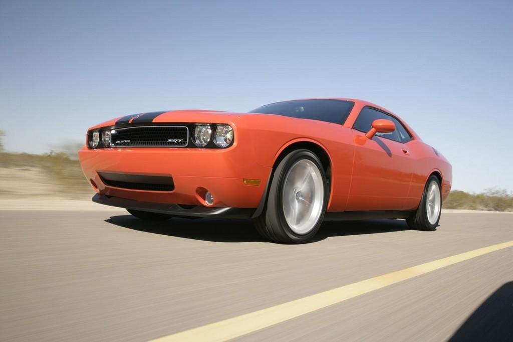 Foto de Dodge Challenger SRT8 (36/103)