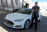 Elon Musk apunta que su gran fábrica de baterías no va a ser la única, que serán necesarias 199 más