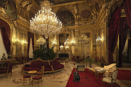 Airbnb Experiencia Unica En El Museo Dormir Una Noche En El Louvre De Paris Jpg 2