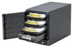 Caja protectora para hasta cuatro discos duros