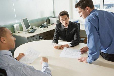 La hora de la convocatoria como elemento importante en la eficacia de las reuniones