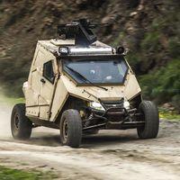 Este tanque de bolsillo se llama Plasan Yagu y es un ATV de Arctic Cat, pero cerrado y blindado