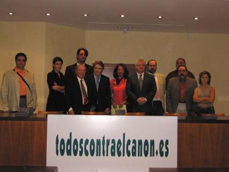"""""""Todos contra el canon"""" insta a los ayuntamientos a reclamar el importe del canon digital"""