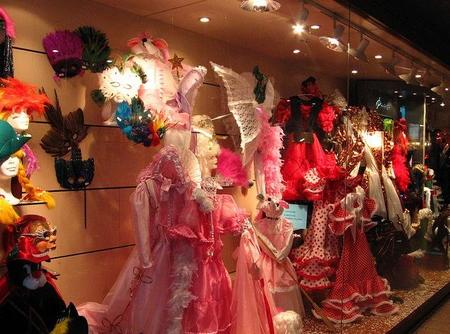 ¿Ya es Carnaval? Este año, disfraces más austeros
