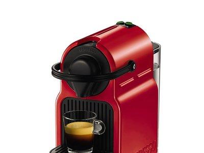 Por sólo 59 euros tenemos la  cafetera de cápsulas Nespresso Krups Inissia XN1005 en Amazon con envío gratis