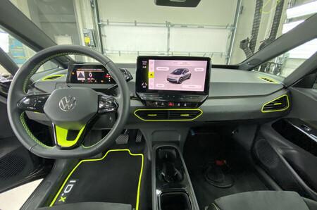 Volkswagen Golf ID.X Concept 4
