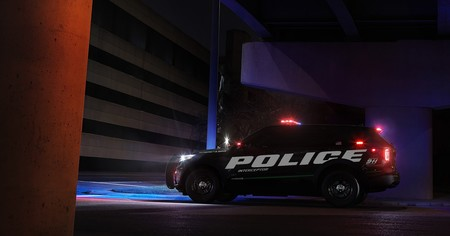 Ford Explorer Hybrid Interceptor 2
