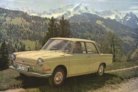 BMW 700, la historia del auto que corrigió el fracaso del Isetta y salvó a la compañía alemana