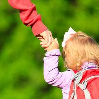 """""""Es muy positivo que los padres puedan estar con sus hijos en el aula"""", hablamos con una maestra sobre el periodo de adaptación"""